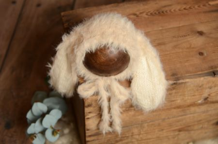 Beige fur hat with rabbit ears
