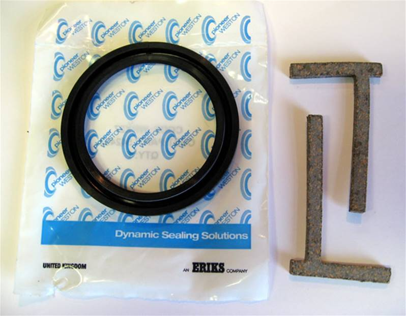 Land Rover Series 2.25 Petrol /& Diesel Rear Crankshaft Oil Seal Kit 542492