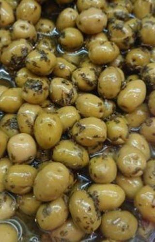 Olives aux basilic