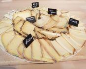 Plateau raclette fumé/ morbier/ ail des ours/ moutarde