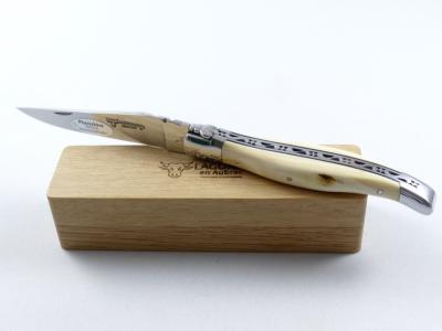 Couteau LAGUIOLE manche phacochère Laguiole en Aubrac
