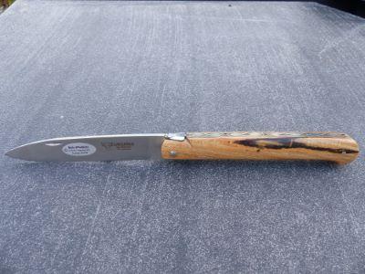 Couteau DROIT bois d'Aubrac Laguiole en Aubrac