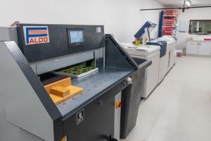 Imprimer, numériser, photocopier, façonner, plastifier, relier facilement avec Hyperburo