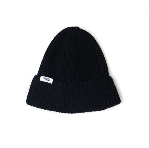 N°7 - Black & white beanie