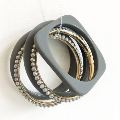Bracelet MULTI RANGS gris