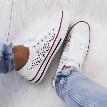 Sneakers STAVYA