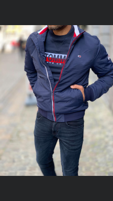 TOMMY ESSENTIALJACKET