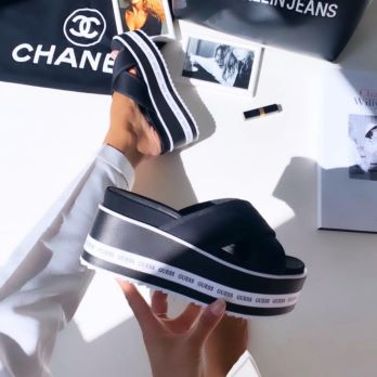 Sandales REMINA Guess