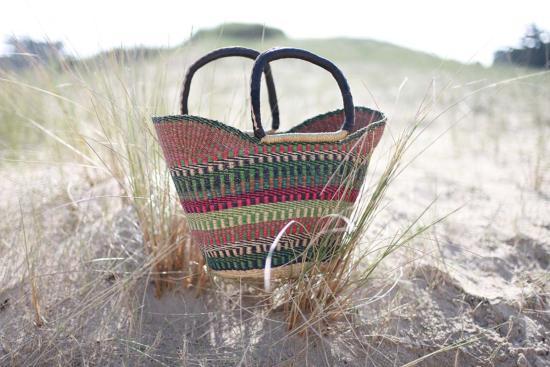 Les sacs paniers colorés Awa