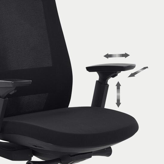 Zoom sur les accoudoirs 3D réglables du siège de bureau en tissu filet confortable Orly
