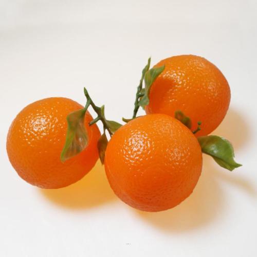 Orange artificielle avec feuilles en lot de 3 en plastique soufflé