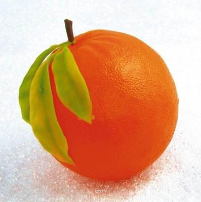 Orange artificielle geante et feuilles X 2 Plastique soufflé D 175 mm