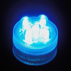 Led X1 couleur bleue submersible telecommandable et reutilisable avec 2 piles
