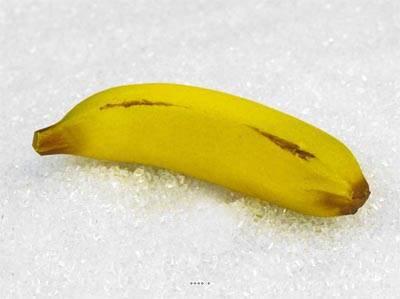 Banane artificielle grande taille X 3 en Plastique soufflé L 190x35 mm