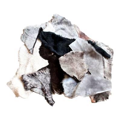 200g de chutes de laine de mouton doublée cuir agneau - Couleurs diverses