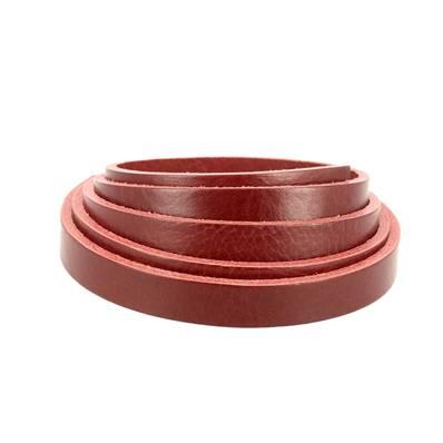 Lanière de cuir de collet nourri - ROUGE CARMIN - Larg 15 mm - Long 110 cm
