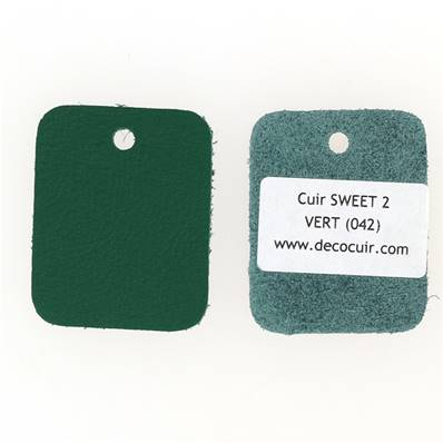 Un échantillon de cuir de vachette SWEET 2 - VERT