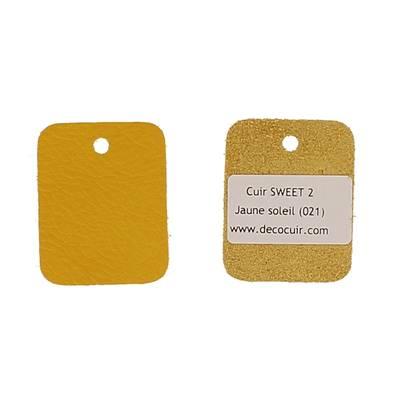 Un échantillon de cuir de vachette SWEET 2 - JAUNE SOLEIL