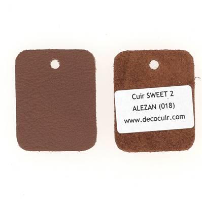 Un échantillon de cuir de vachette SWEET 2 - ALEZAN
