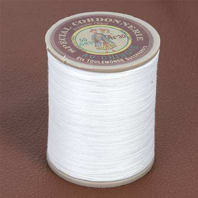 Fil Spécial Cordonnerie 100% polyester - Bobine 750 m - IVOIRE 105