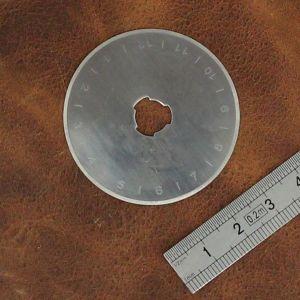 Une lame de rechange pour couteau rotatif - ECONOMIQUE