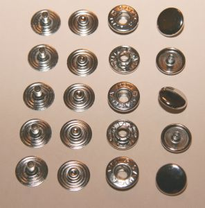 Lot de 5 boutons pression en laiton nickelé - diamètre 12 mm