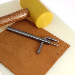 Emporte pièce de précision diam 2,5 mm avec écarteur + 10 poinçons de rechange