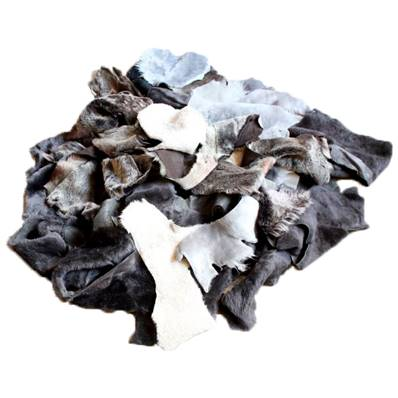 1 kg de chutes de laine de mouton doublée cuir agneau - Couleurs diverses
