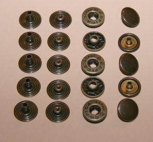 Lot de 5 boutons pression en laiton vieilli- diamètre 12 mm