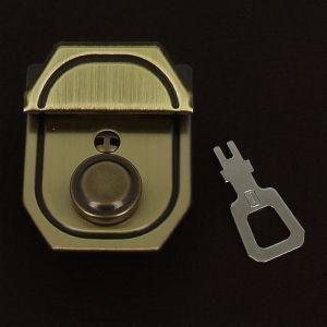Fermoir bouton poussoir - laiton vieilli - 37x46 mm