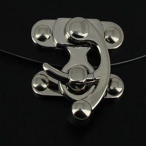 Fermoir pivotant à droite - Nickelé - 39x45 mm