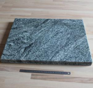 Marbre en granite non veiné - 300x400x30 mm
