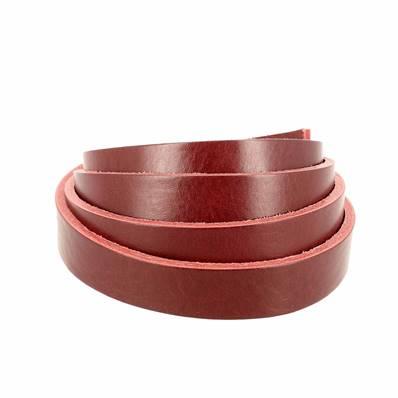 Lanière de cuir de collet nourri - ROUGE CARMIN - Larg 19 mm - Long 110 cm
