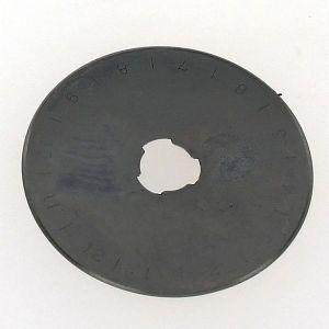 Une lame de rechange pour couteau rotatif multi usage - 3042
