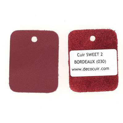 Un échantillon de cuir de vachette SWEET 2 - BORDEAUX