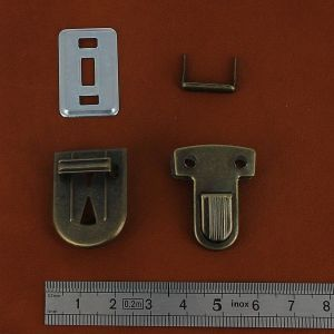 TUCK - fermeture de cartable - 22x30mm - Laiton vieilli