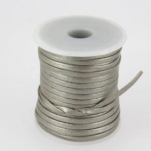 Lacet en cuir plat - largeur 3 mm - ARGENT