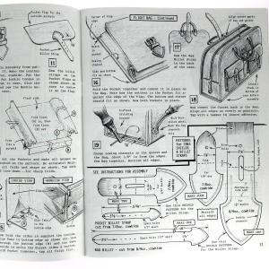 """Livre """"THE ART OF MAKING LEATHER CASES"""" - L'art de créer des étuis en cuir - Volume 3"""