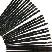 Lot de 100 aiguilles passe lacet plat en cuir - OSBORNE