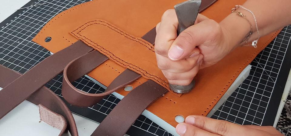 coudre rectangle en cuir