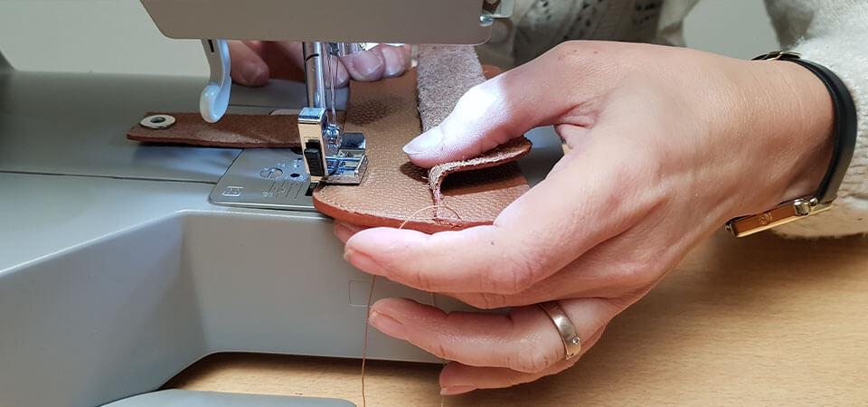 couture machine cuir