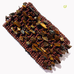 Bracelet manchette en perles de rocailes et pierres oeil de tigre