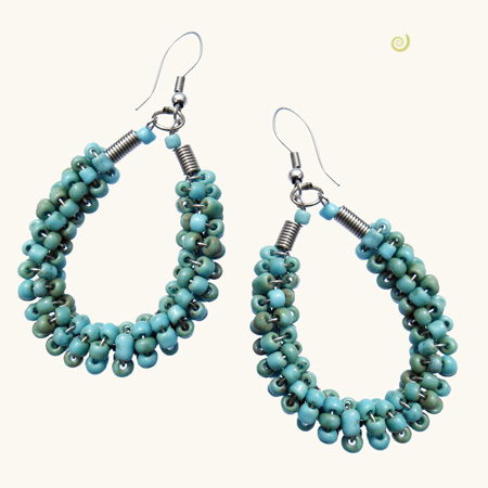 Boucles d'oreilles Torsade en perles de rocailles bleu clair antique
