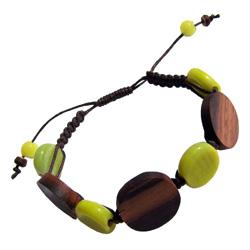 Bracelet sur cordon Perles en bois et pâte de verre vert anis