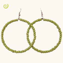 Boucles d'oreilles pendantes anneaux style créoles en perles vert anis