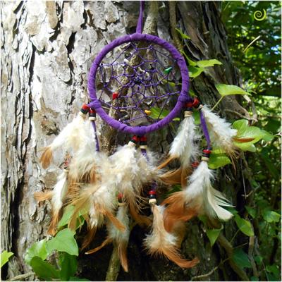 Dreamcatcher Attrape-Rêves Violet Pierres et Perles en Bois