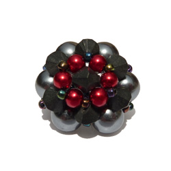 Bague en perles fantaisie modèle Luna Gris / Noir / Rouge