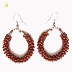 Boucles d'oreilles pendantes Torsade en perles de rocailles marrons