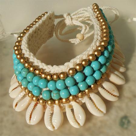 Bracelet de Cheville en Crochet et Coquillages Cauris Perles Turquoises et dorées