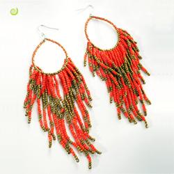 Grandes Boucles d'oreilles Rouges en perles de rocailles Anneaux et Franges